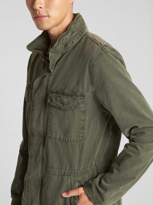 men light green jacket