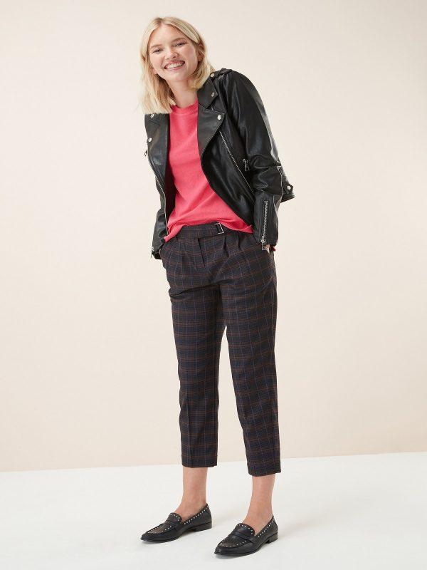 women black leather jacket
