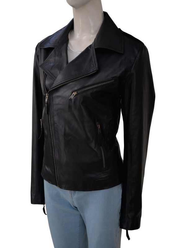 slim fit black moto leather jacket for women, trending black moto leather jacket for women,