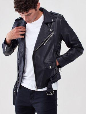 men black jacket
