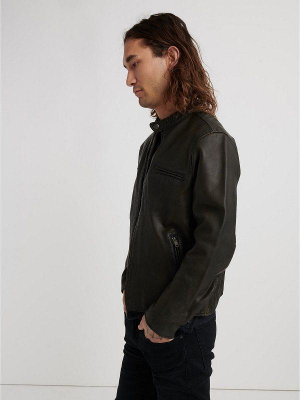 men short black jacket