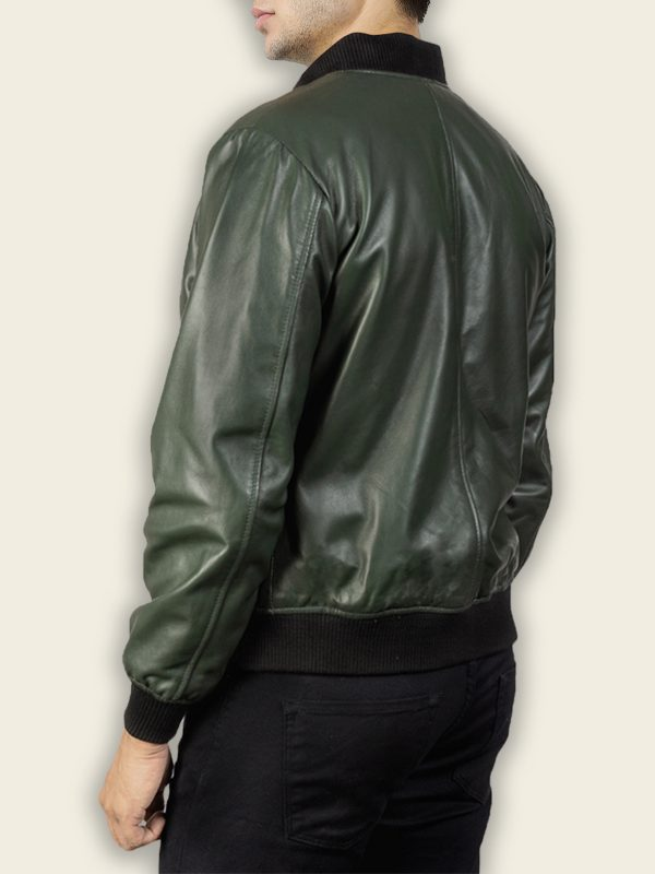 men green bomber jacket