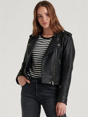trending women textured jacket