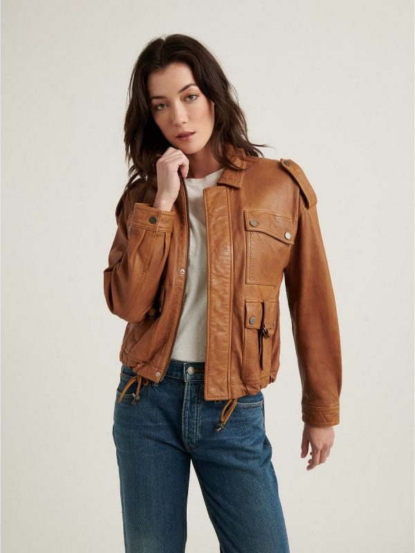 women voguish leather jacket