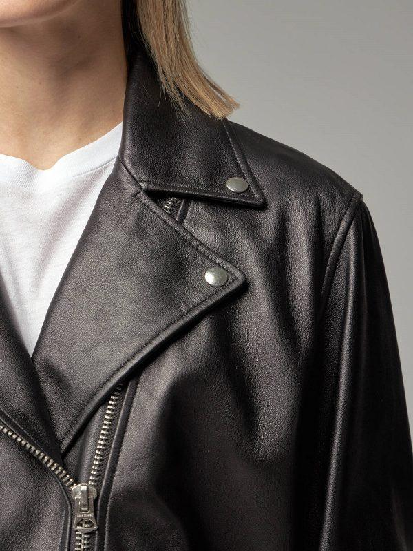 trendy women black jacket